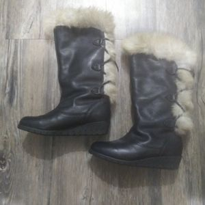 Cougar black leather fur boots size 7 Women